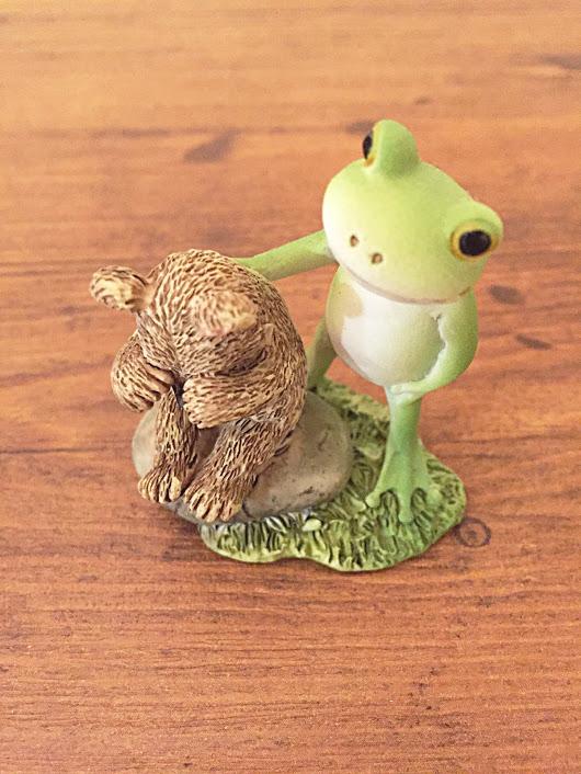 カエルなぐさめ1
