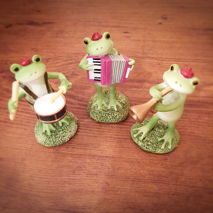 カエル鼓笛隊